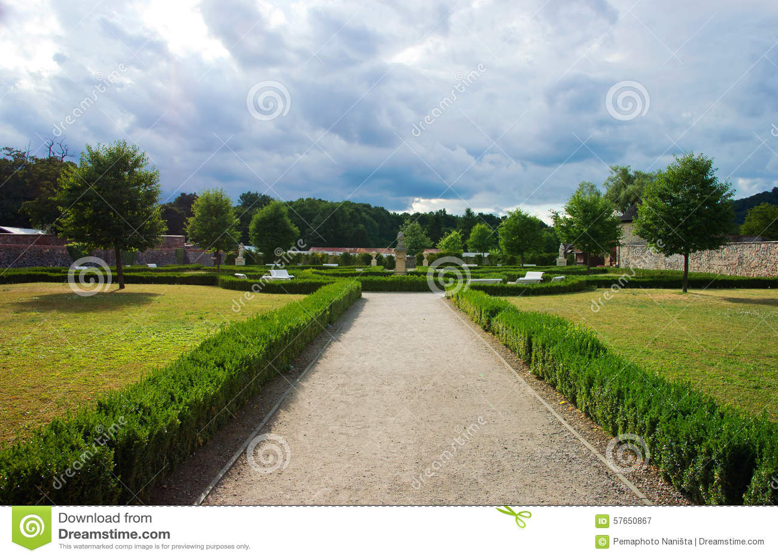 Francuza ogród