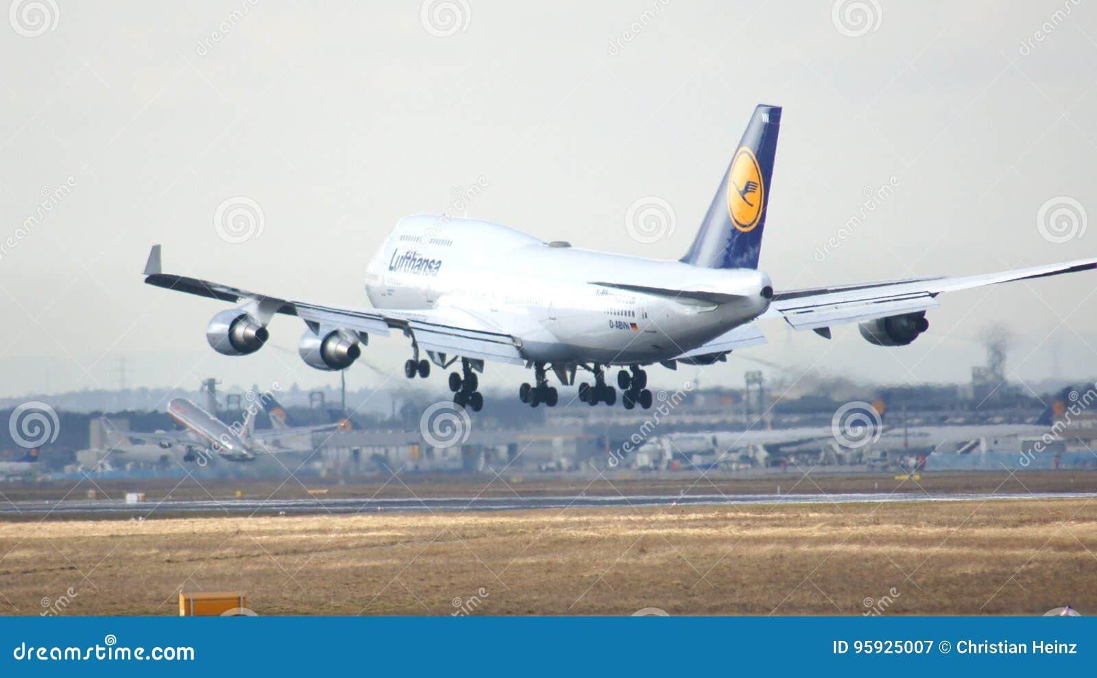 Flug Dortmund Frankfurt