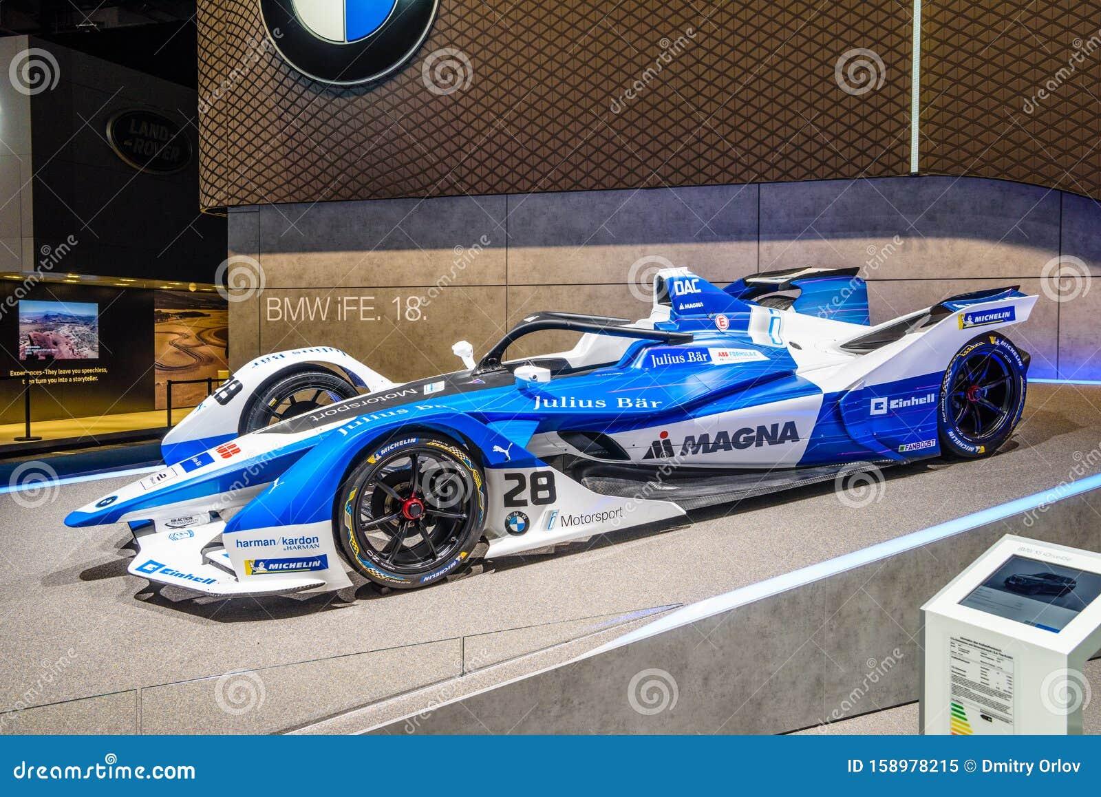 frankfurt deutschland  sept 2019 blauer bmw ife 18