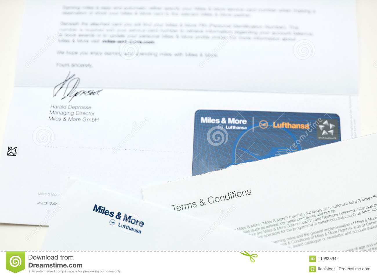Lufthansa Miles And More Karte.Miles And More Card Point Card From Lufthansa Editorial