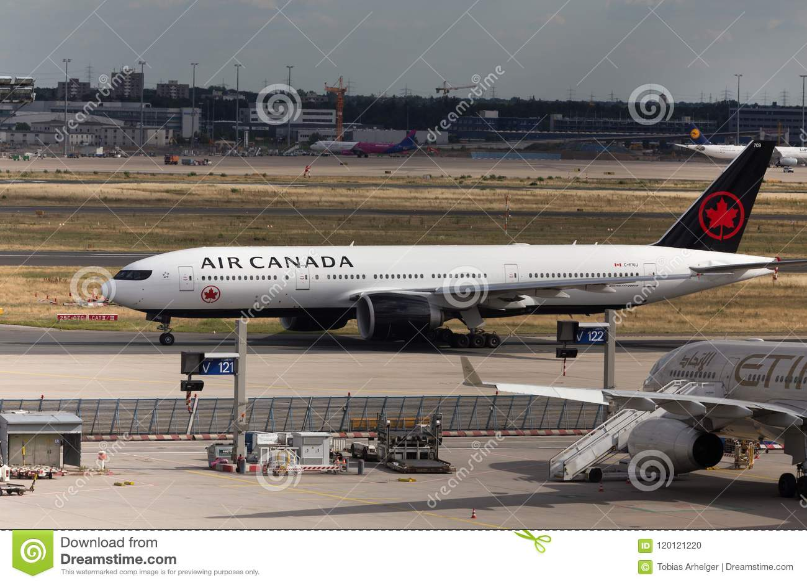 Frankfurt, hesse/germany - 25 06 18: air canada airplane landing at frankfurt airport germany