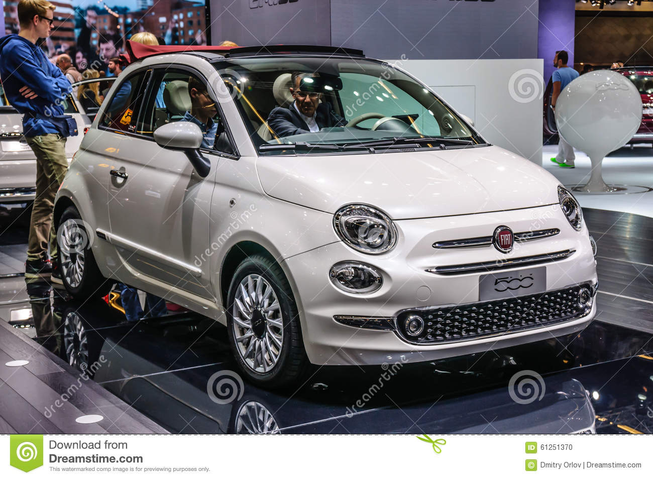 frankfurt sept 2015 fiat 500 presented at iaa international m editorial image image 61251370. Black Bedroom Furniture Sets. Home Design Ideas