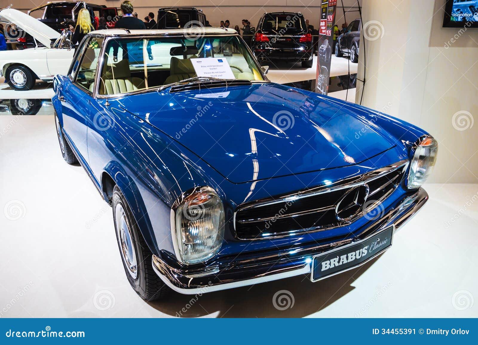 Mercedes benz 280sl car vehicl wrap mercedes benz merced pagoda - Frankfurt Sept 21 Mercedes Benz Sl Pagode Brabus Classic Pres Editorial Photo