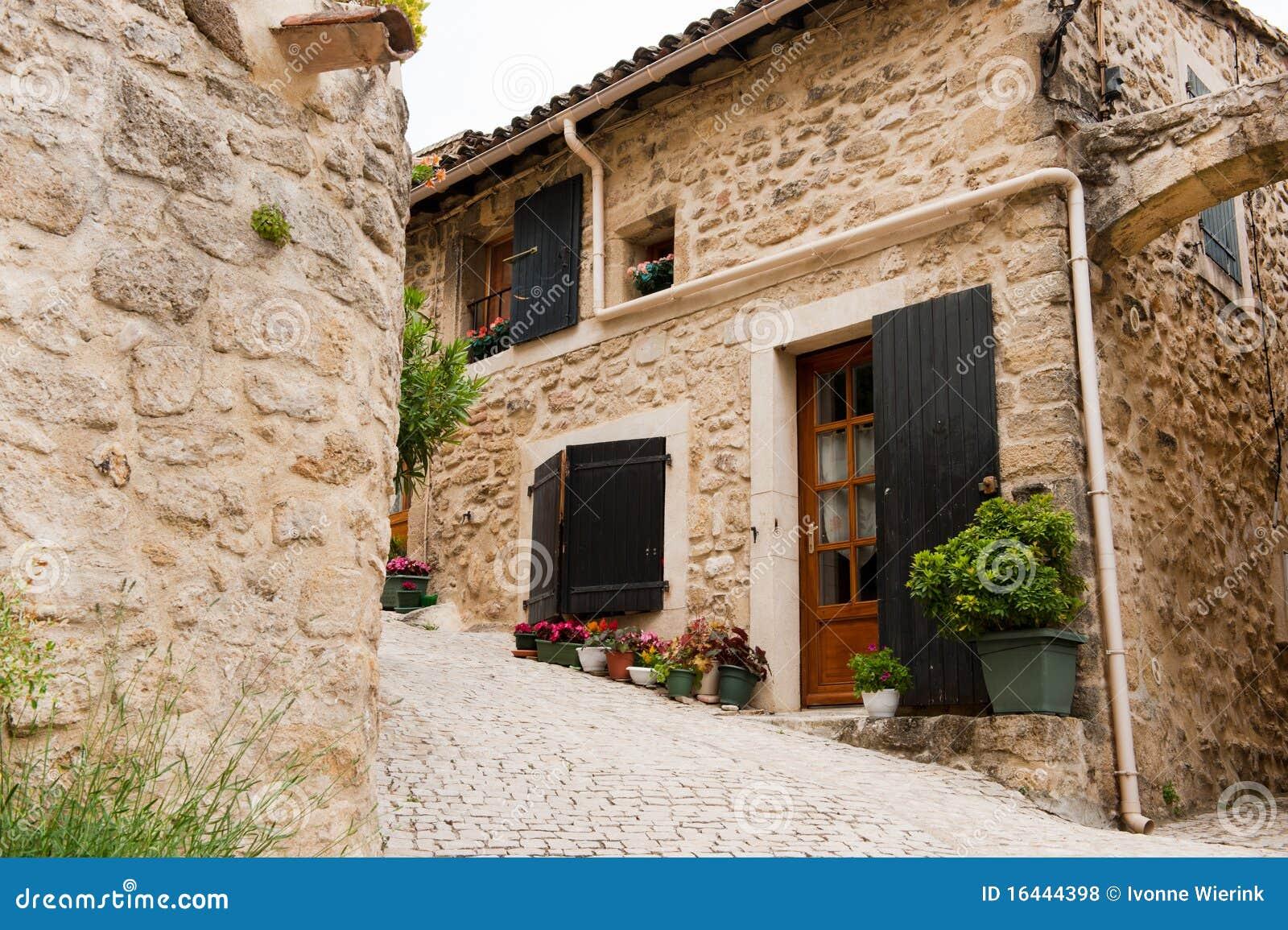 Frans huis stock foto afbeelding bestaande uit frans 16444398 - Foto huis in l ...