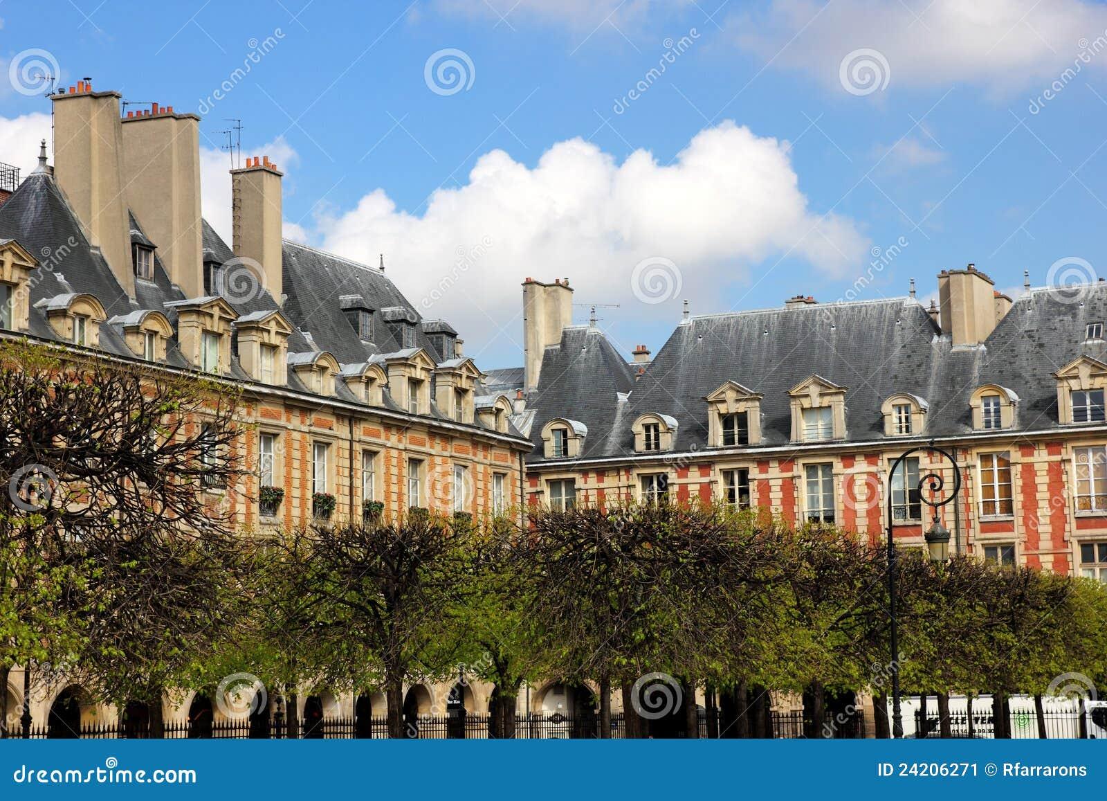 Franse architectuur huizen in parijs stock afbeelding for Huizen architectuur