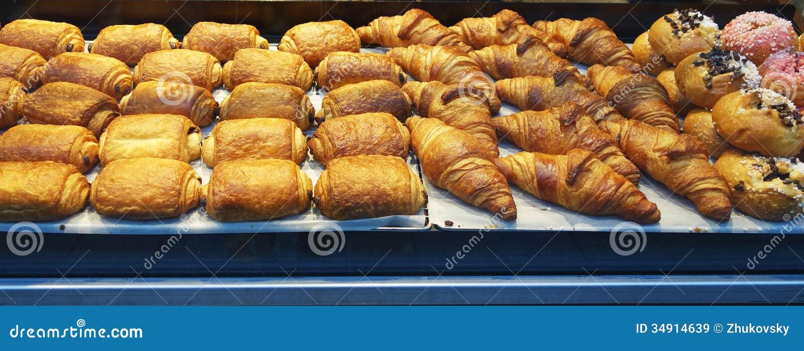 Franse gebakjes op vertoning