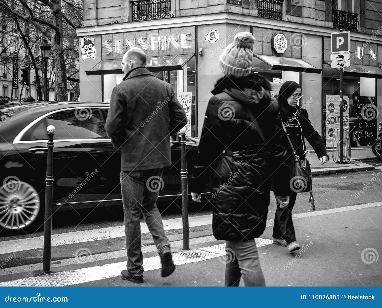 Franse mannelijke en vrouwelijke kruisingsstraat voor Mercedes - Ben