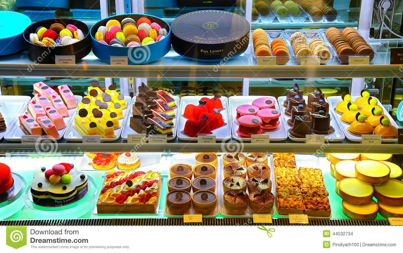 Franse Patisserie Paul Lafayet Redactionele Stock ...