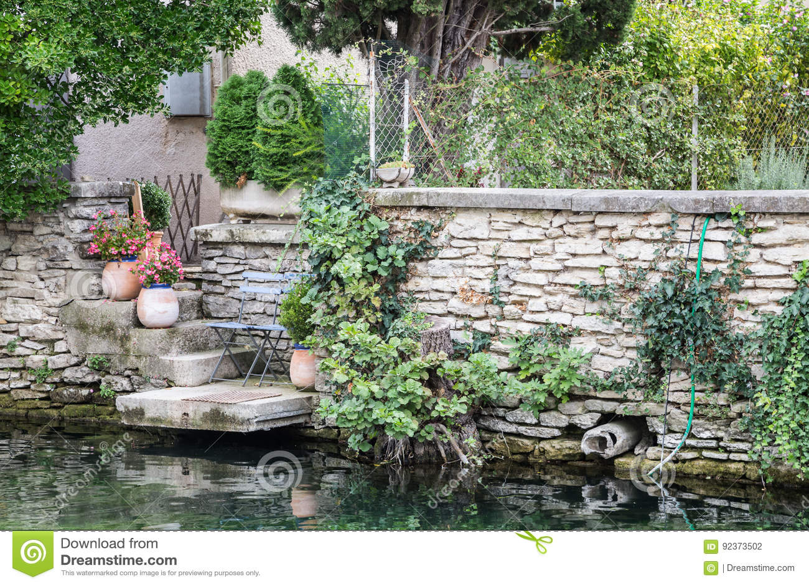 Franse tuin in de provence stock foto afbeelding for Franse tuin