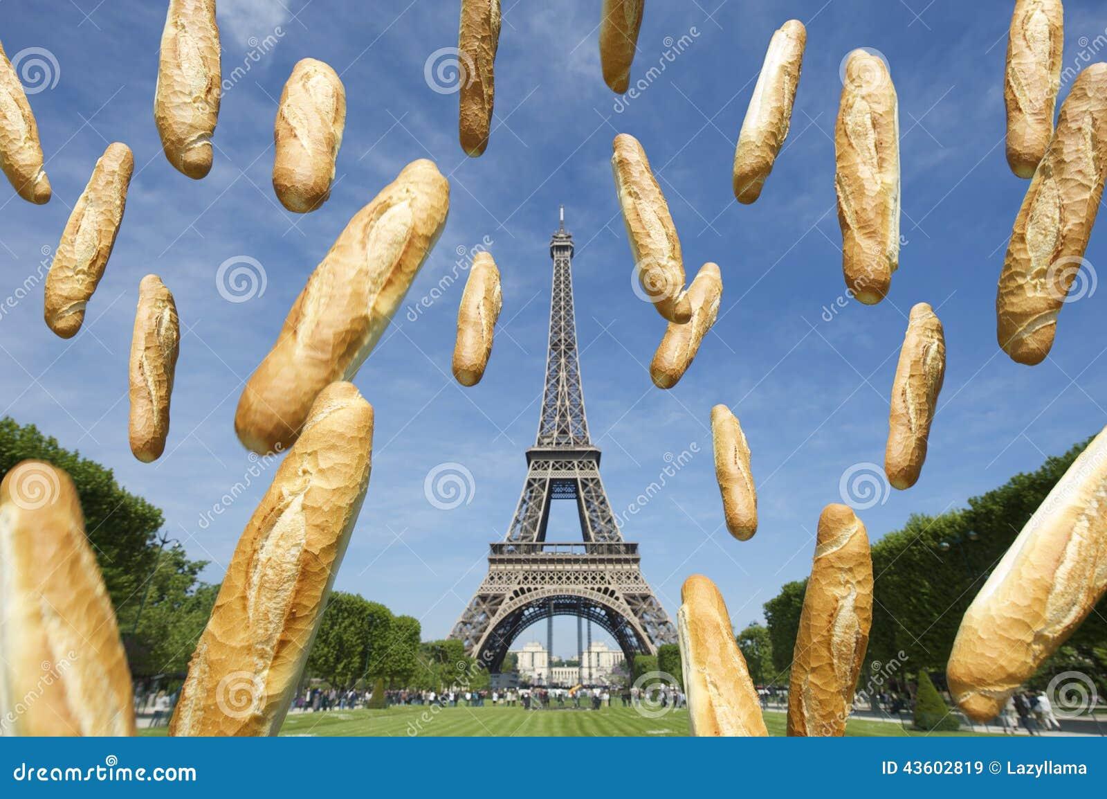 Franska Bagetter Som Flyger Pa Eiffeltorn Paris Frankrike Fotografering For Bildbyraer Bild Av Paris Eiffeltorn 43602819