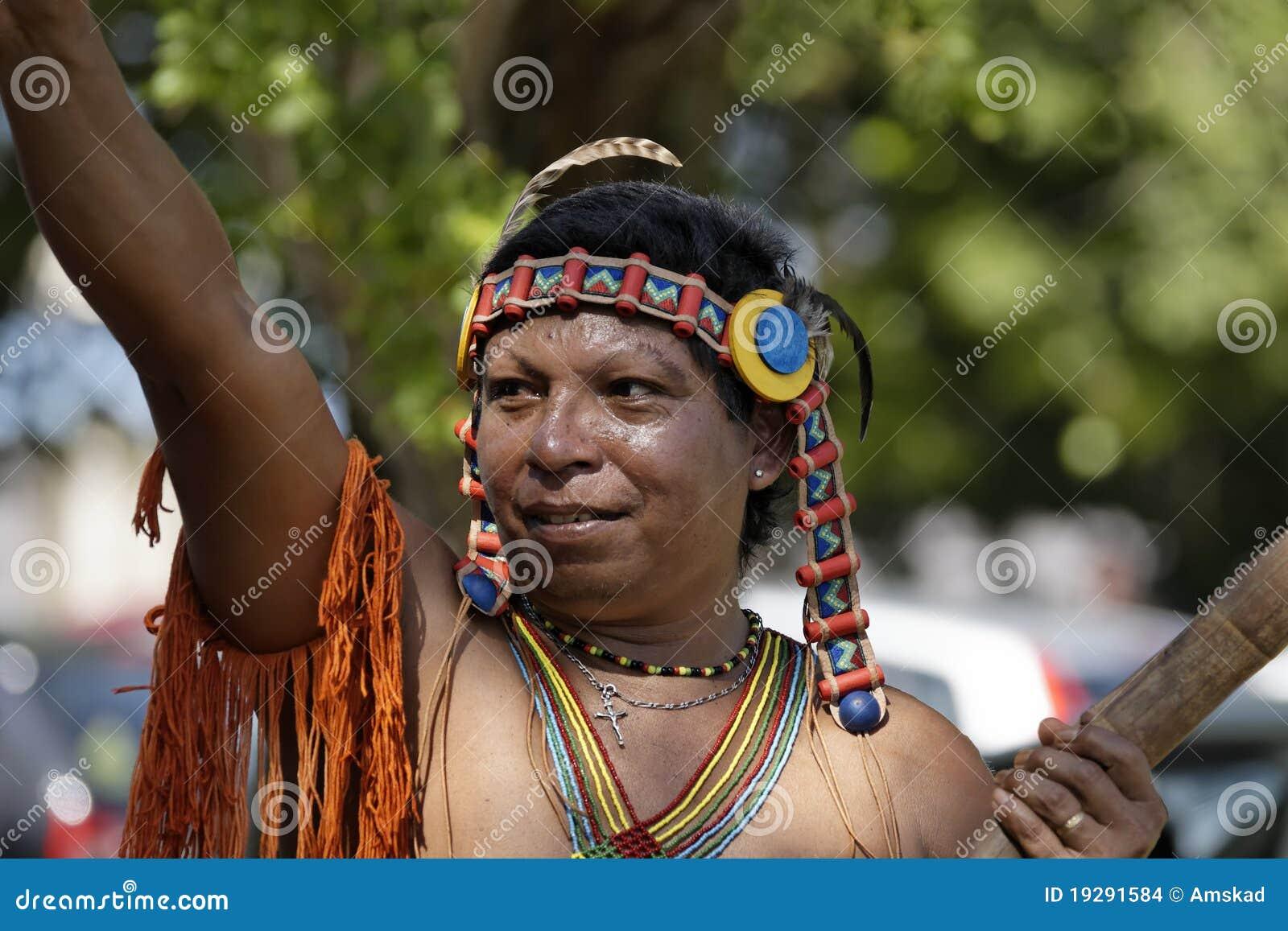 Französisch-Guayanas jährlicher Karneval 2011