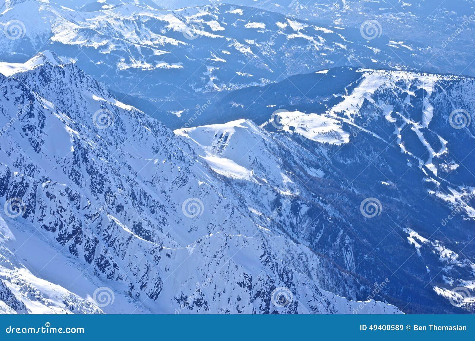 Download Französische Alpen stockbild. Bild von pristine, feiertag - 49400589
