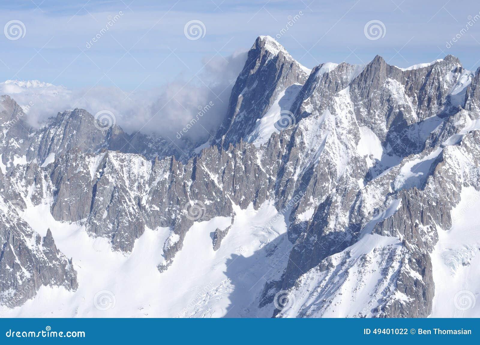 Download Französische Alpen stockfoto. Bild von alpe, alpin, bäume - 49401022