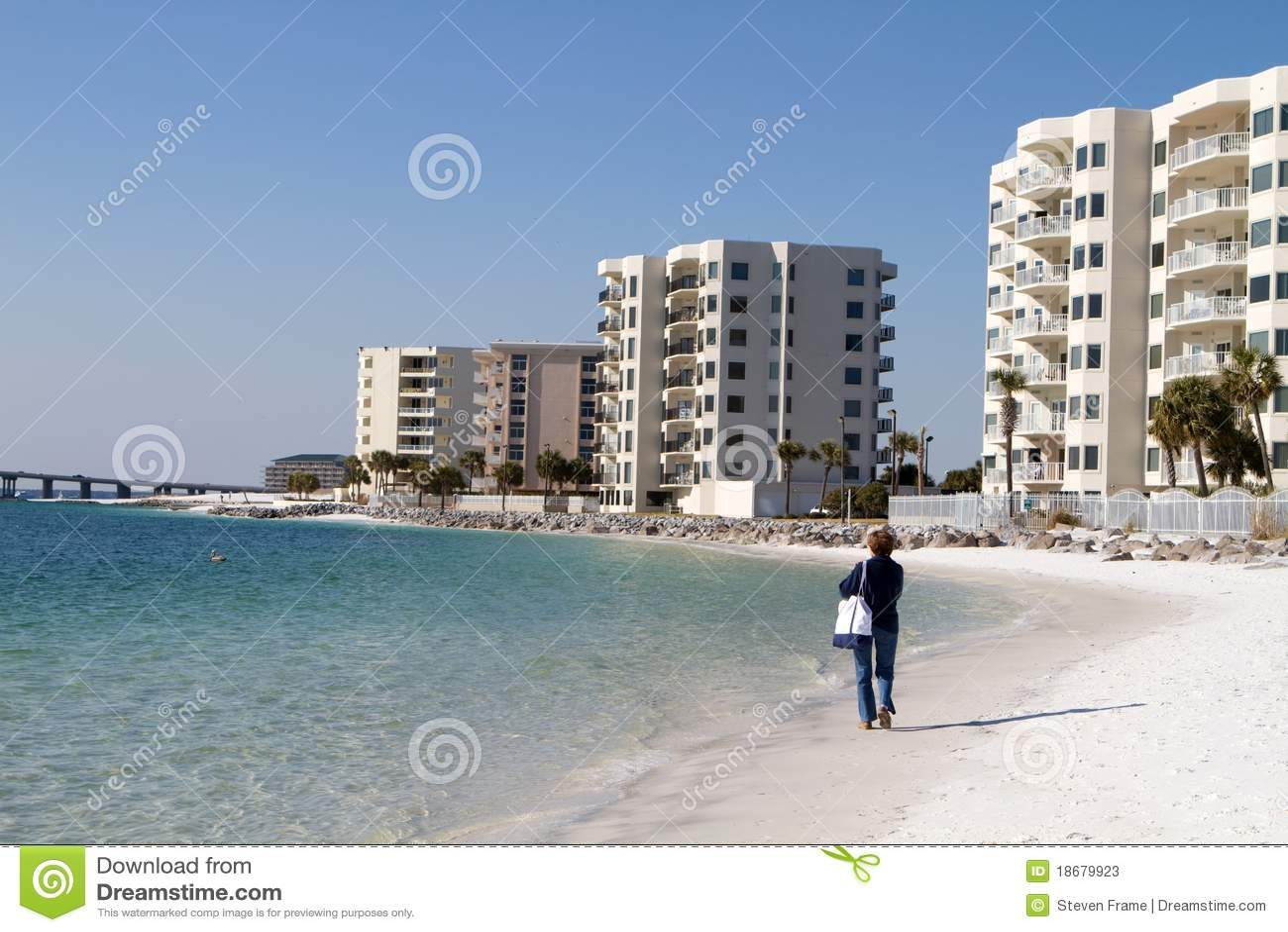 Frau auf Destin Strand