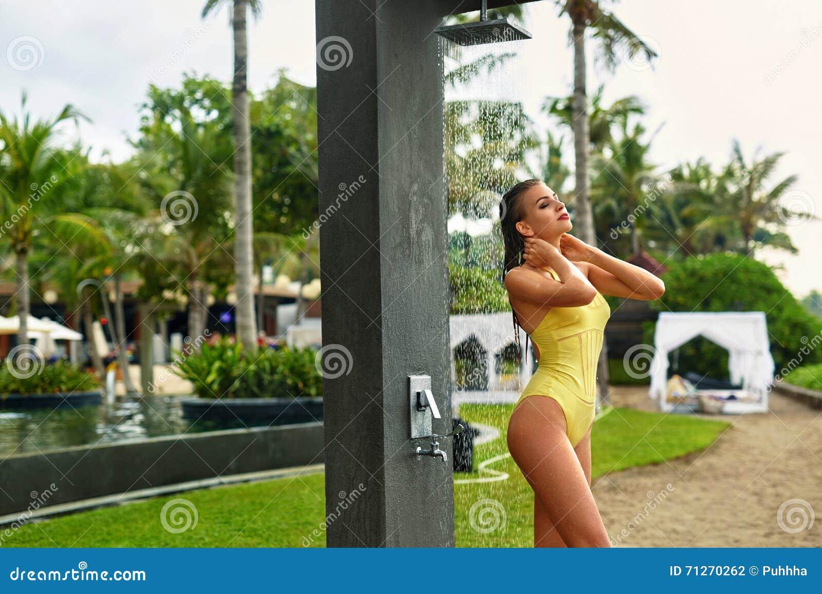 Mädchen Fitness-Dusche Nacktbilder