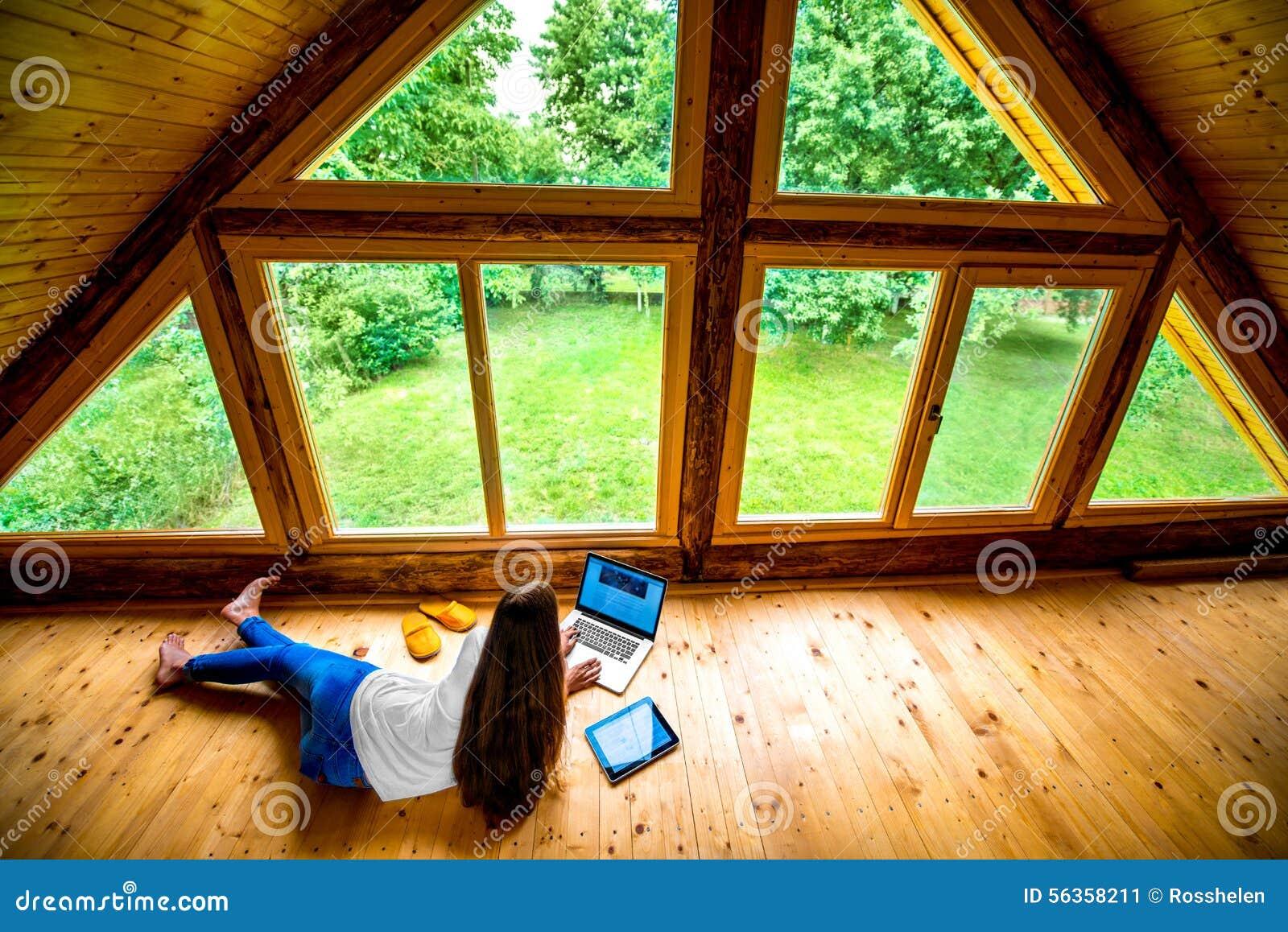 Fußboden Im Holzhaus ~ Renovierung der gartenlaube teil fußboden mit verlegeplatten