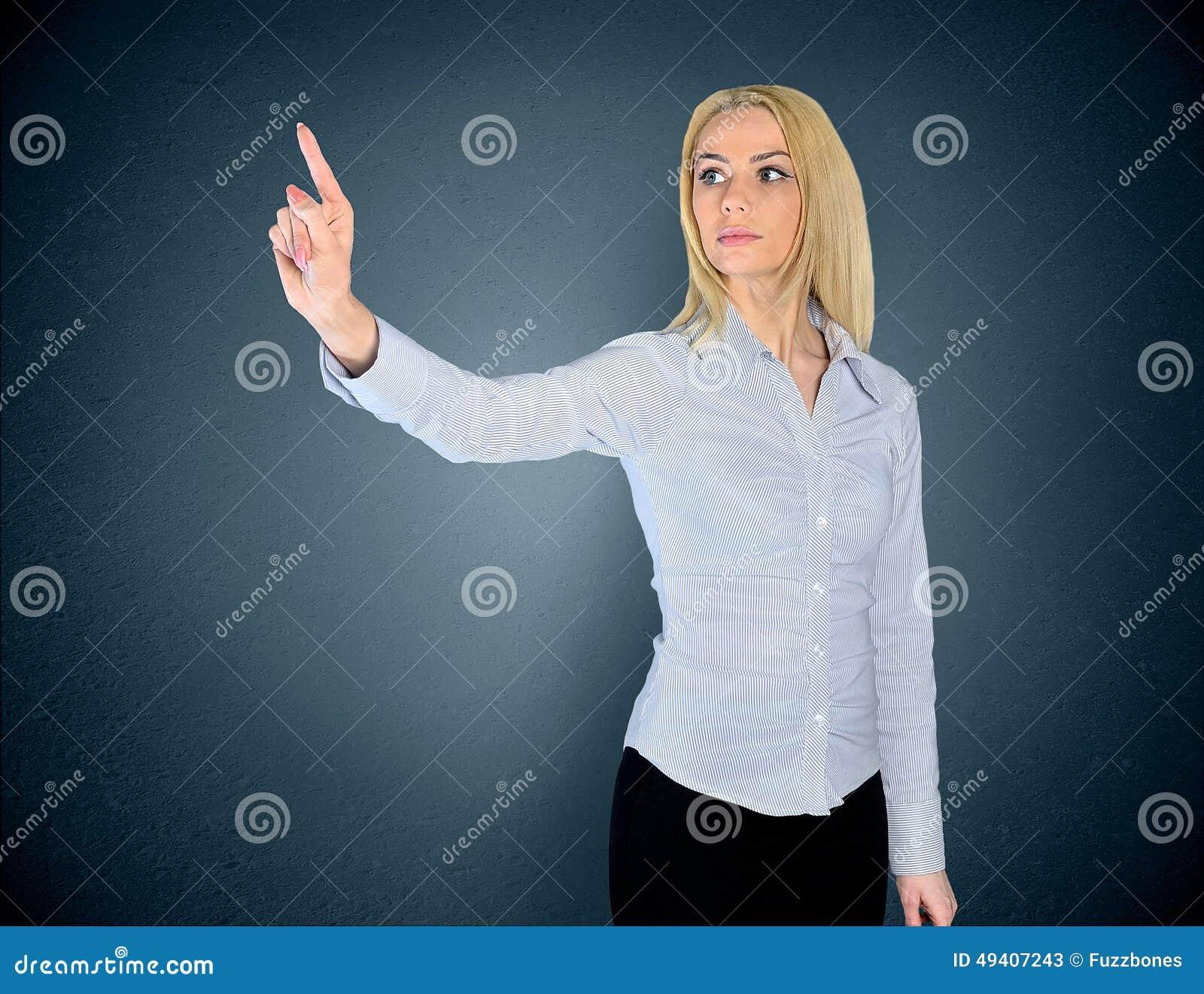Download Frau, die etwas bedrängt stockbild. Bild von geste, konzept - 49407243