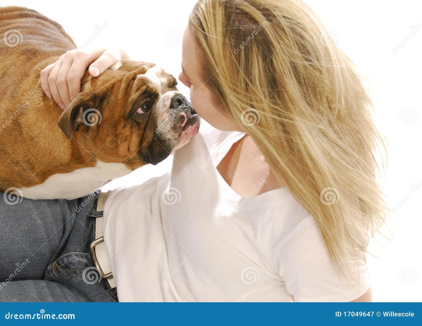 Frau Liebt Hund