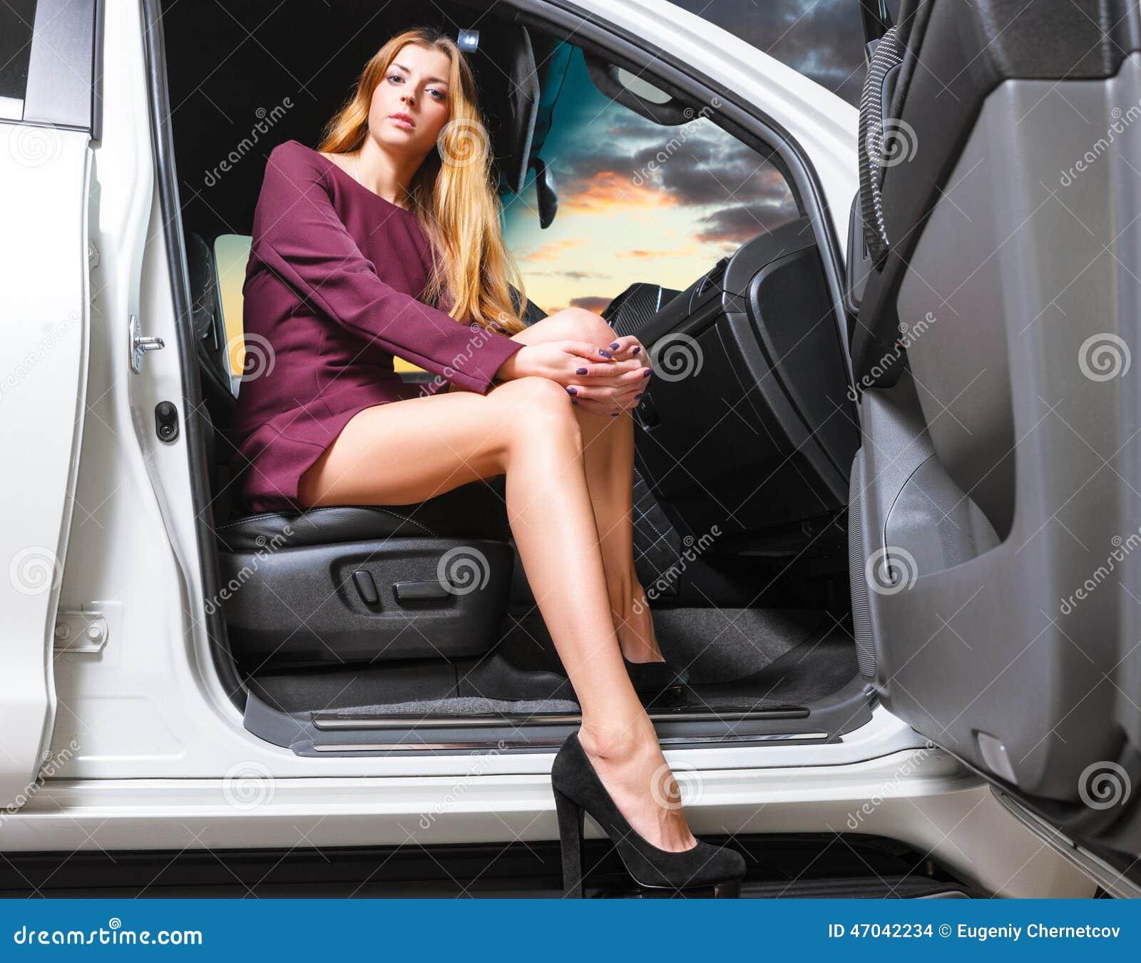 Nackte Frauen im Auto - Zeige deine Sex Bilder