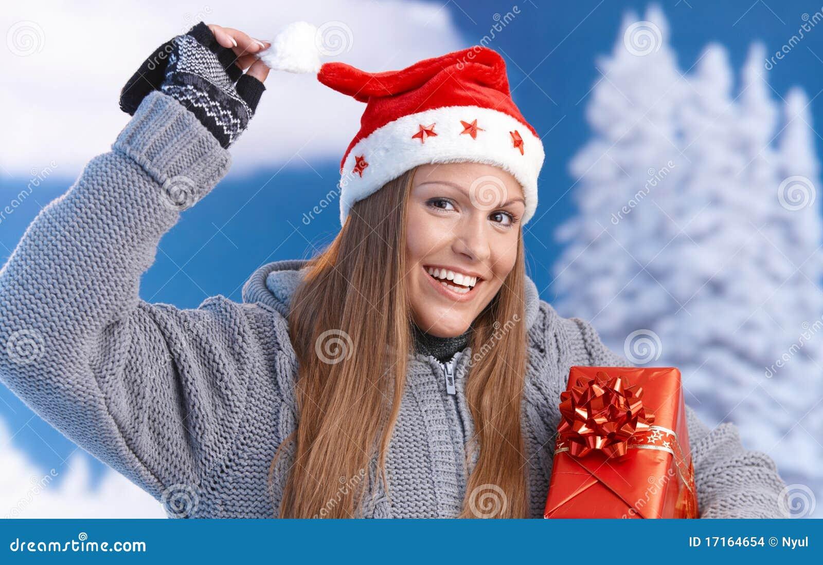 Frau Im Sankt-Hutholding-Weihnachtsgeschenk Stockfoto - Bild von ...