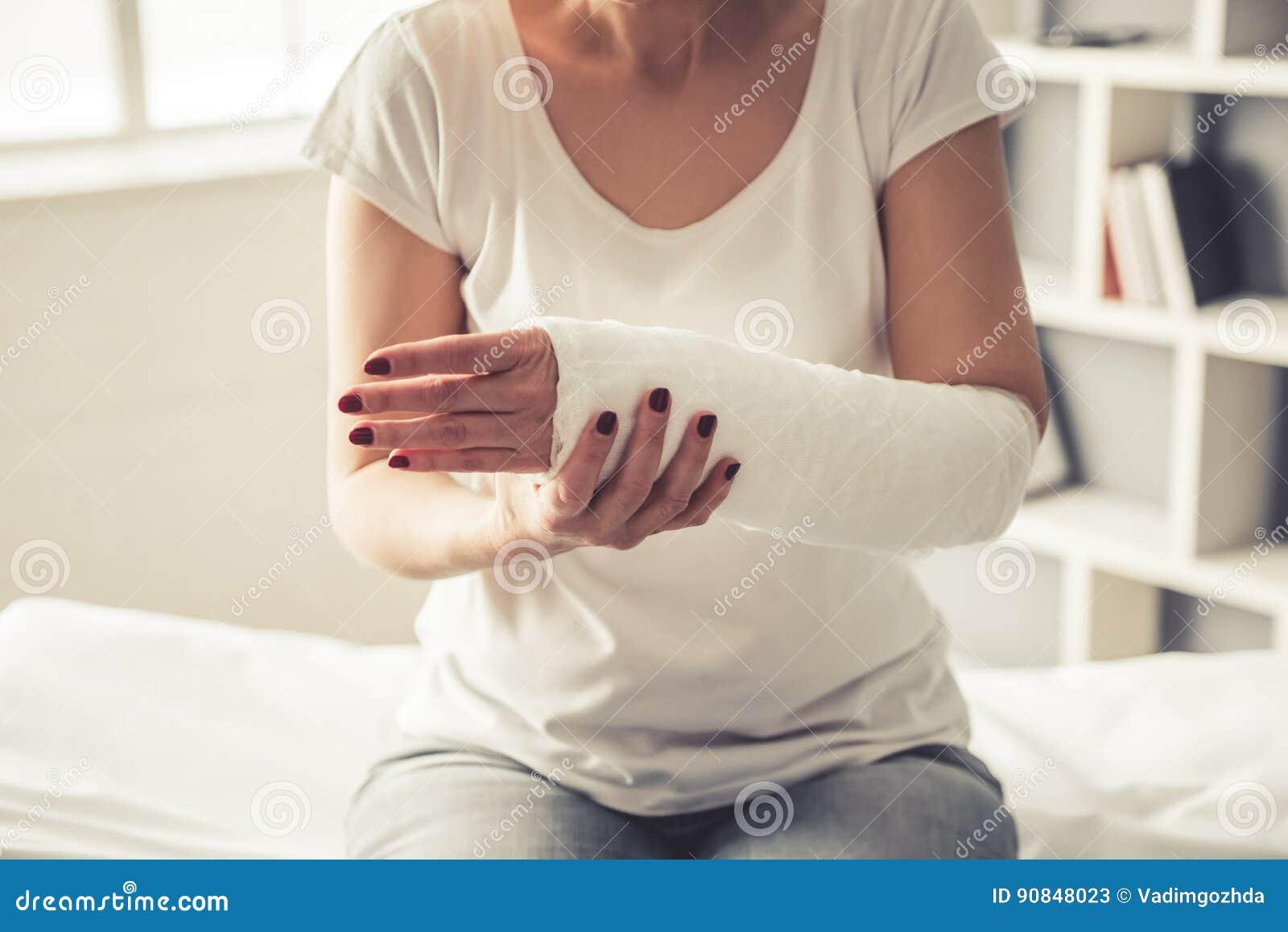Frau mit Trauma
