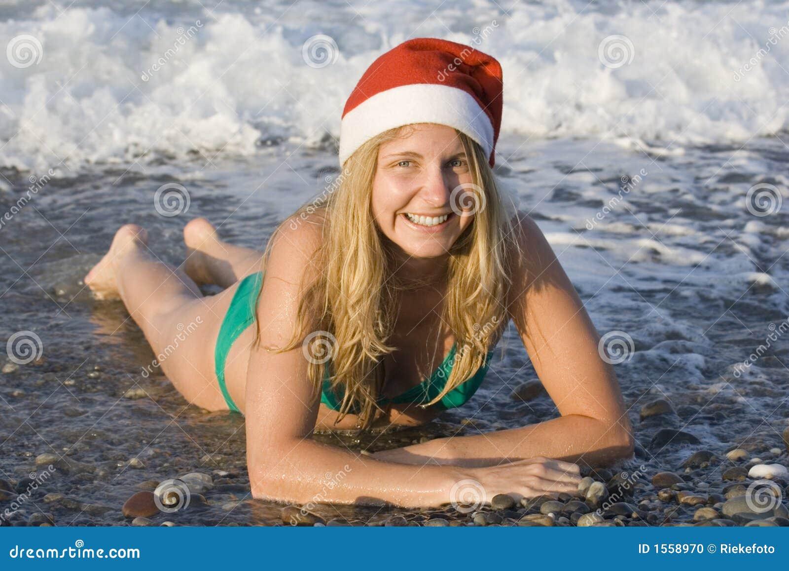 Frau Sankt im Ozean