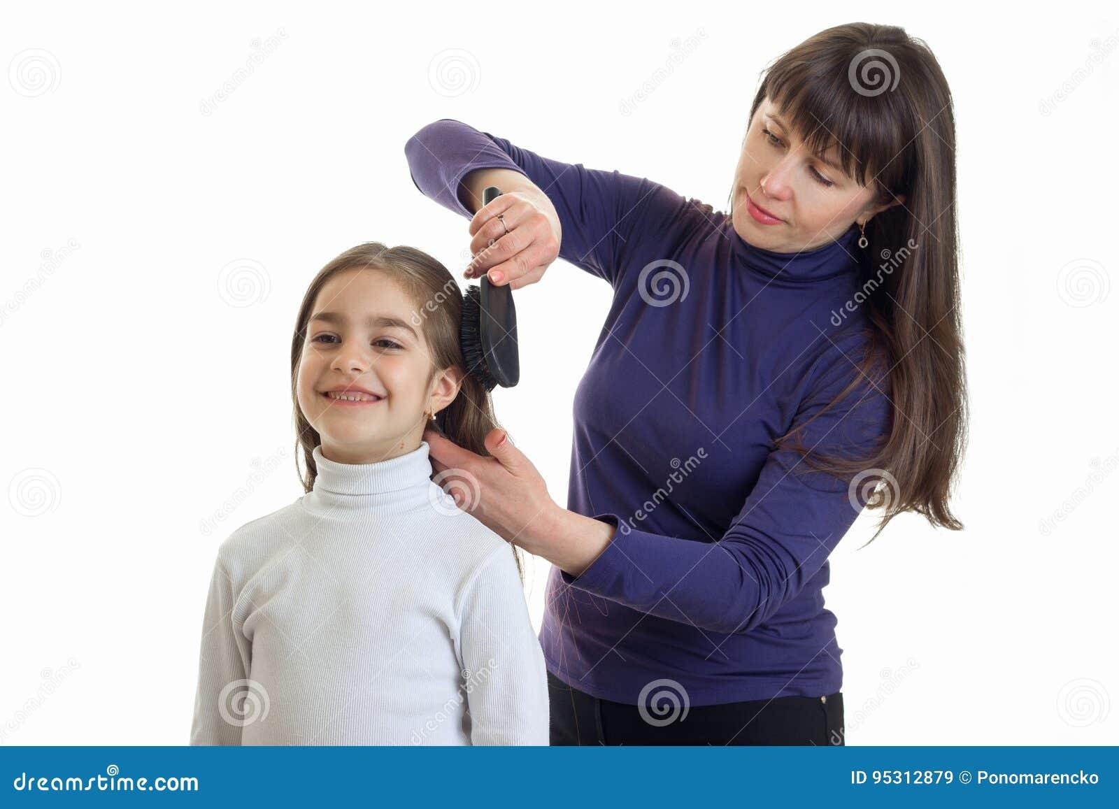 Frauen Friseur Macht Eine Frisur Ein Lächeln Des Kleinen Mädchens