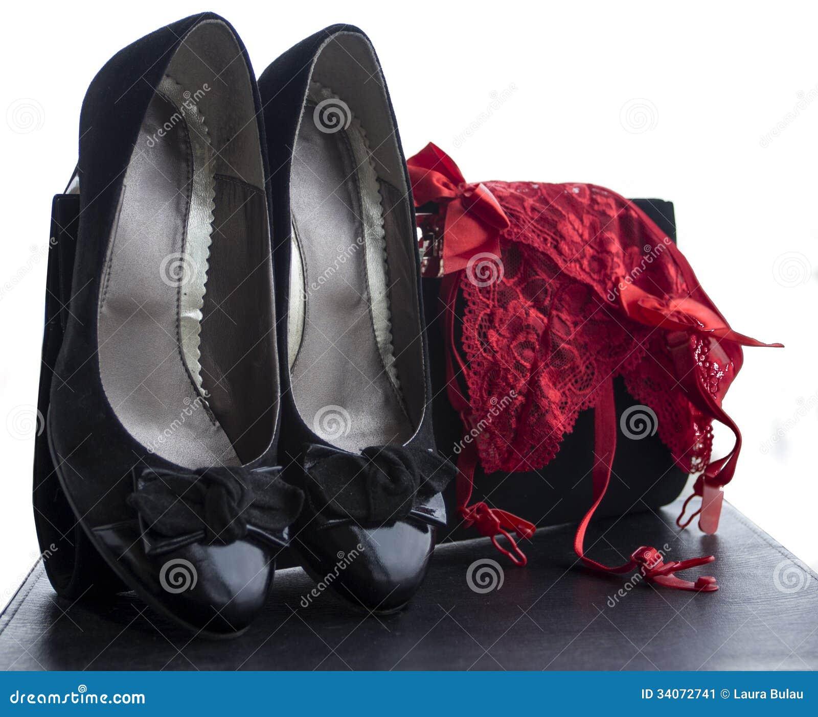 Frauenschuhschlüpfer und Geldbeutel 5
