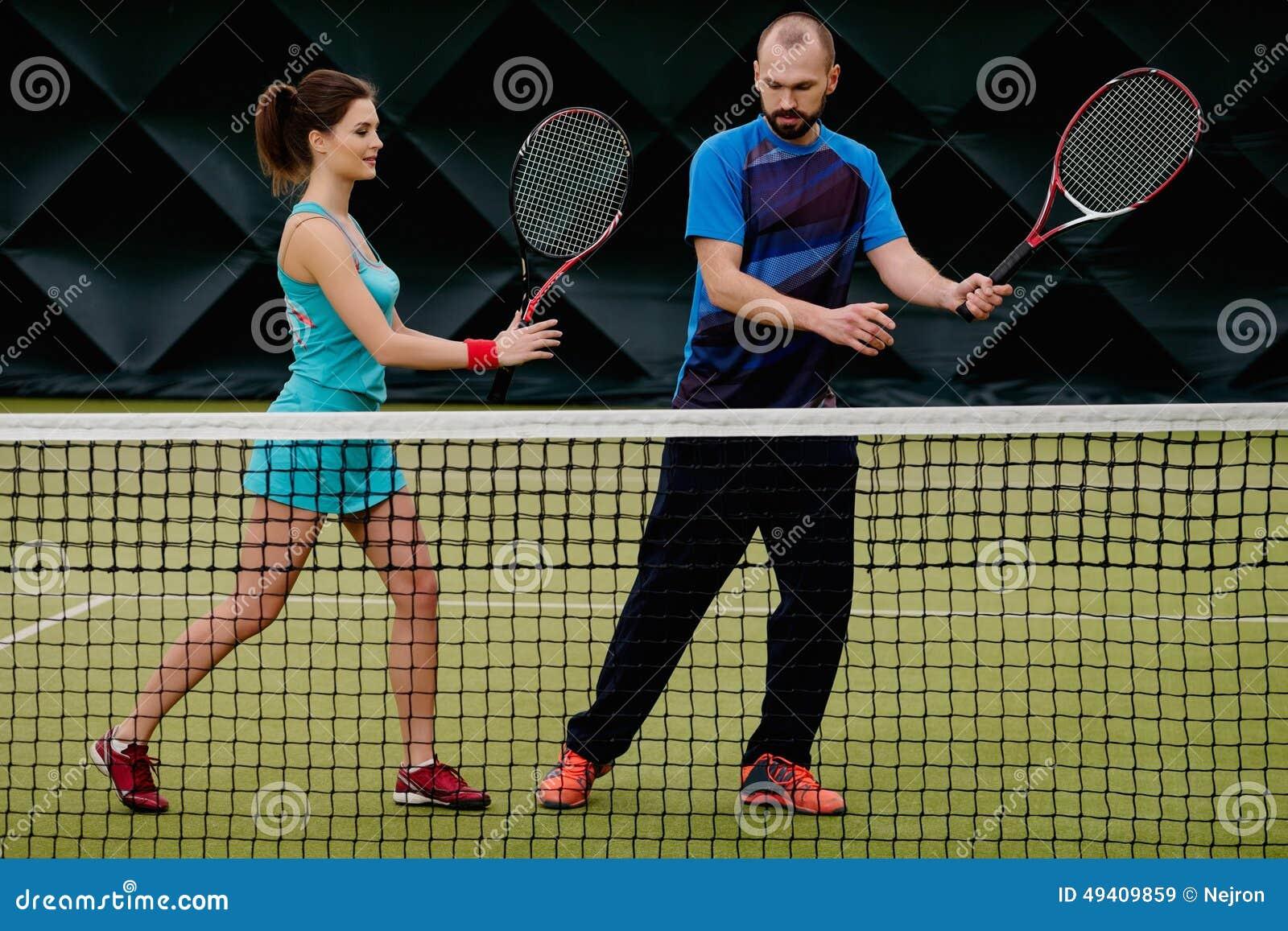 Download Frauentennisspieler Und Ihr Trainer Stockbild - Bild von klumpen, konkurrenz: 49409859