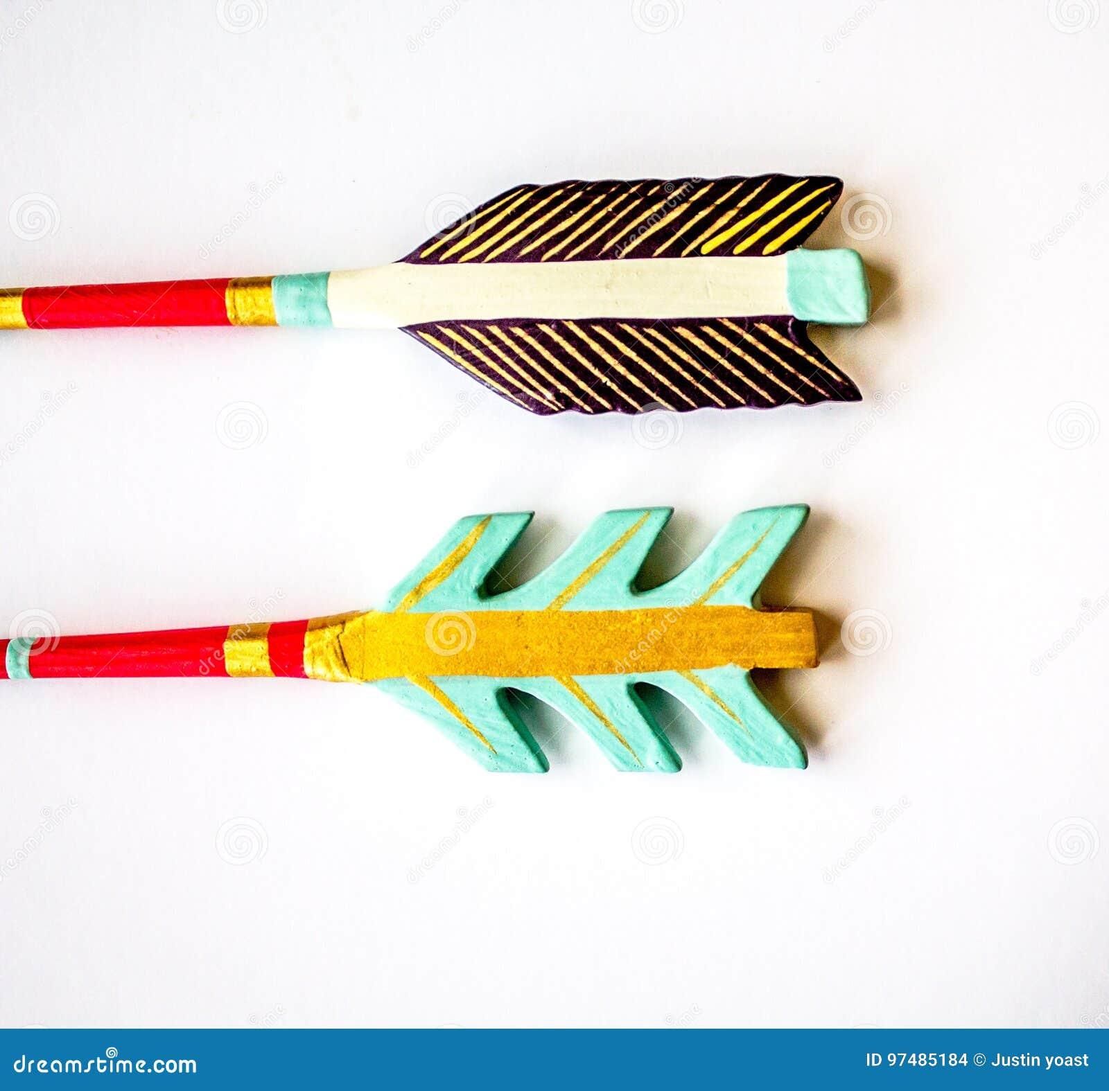 Frecce fatte di legno