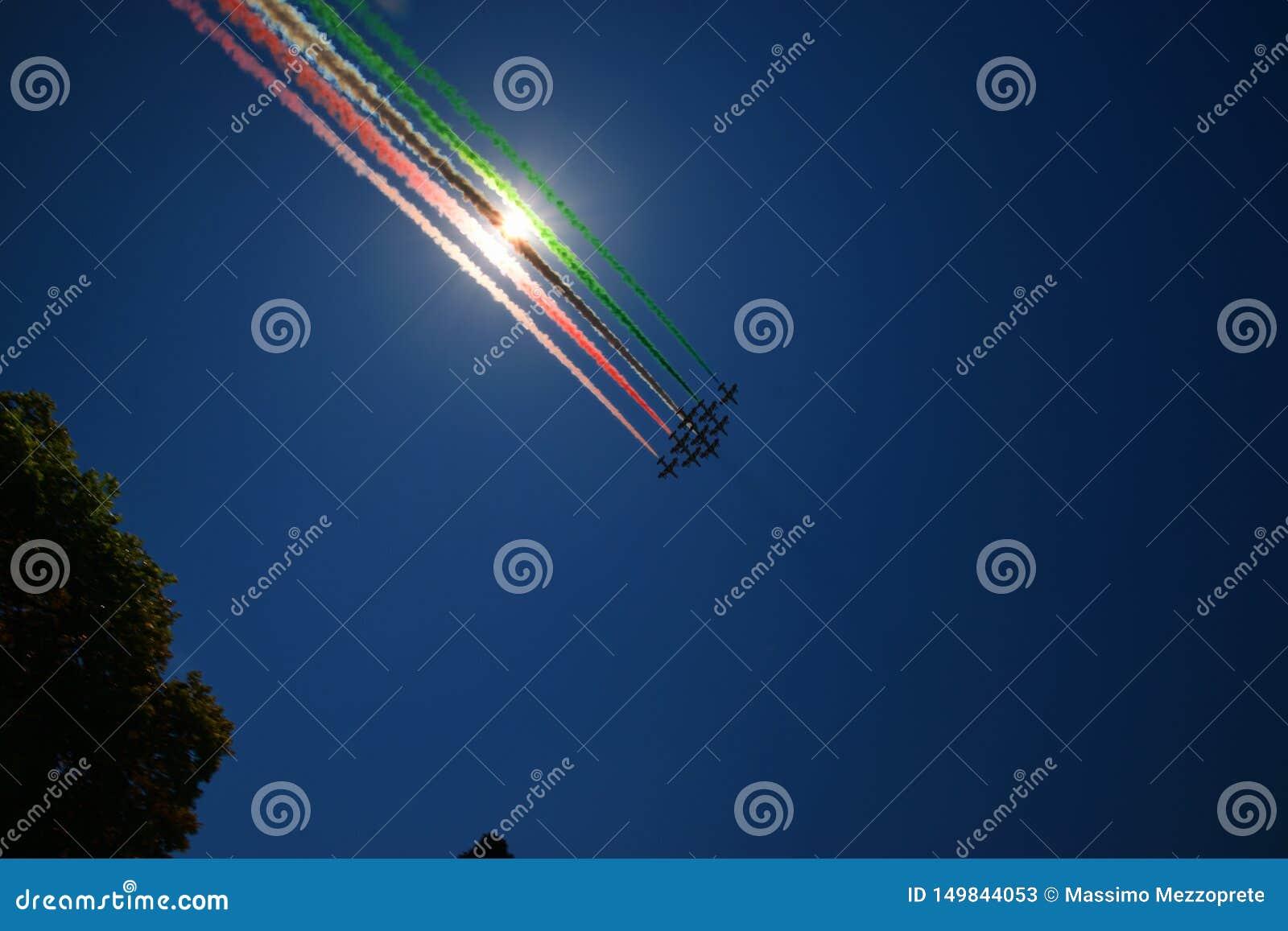 Frecce Tricolori włoszczyzny flagi ogon
