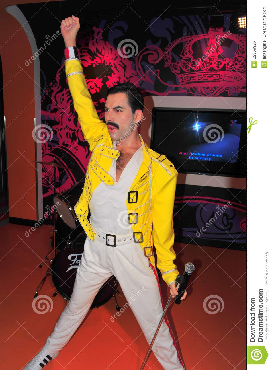 Freddie Mercury at Madame Tussaud s