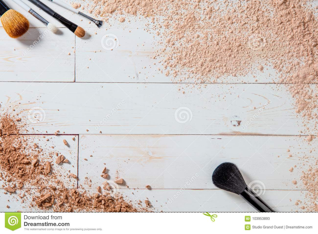 Free powder and crushed minerals makeup with different brushes, wallpaper