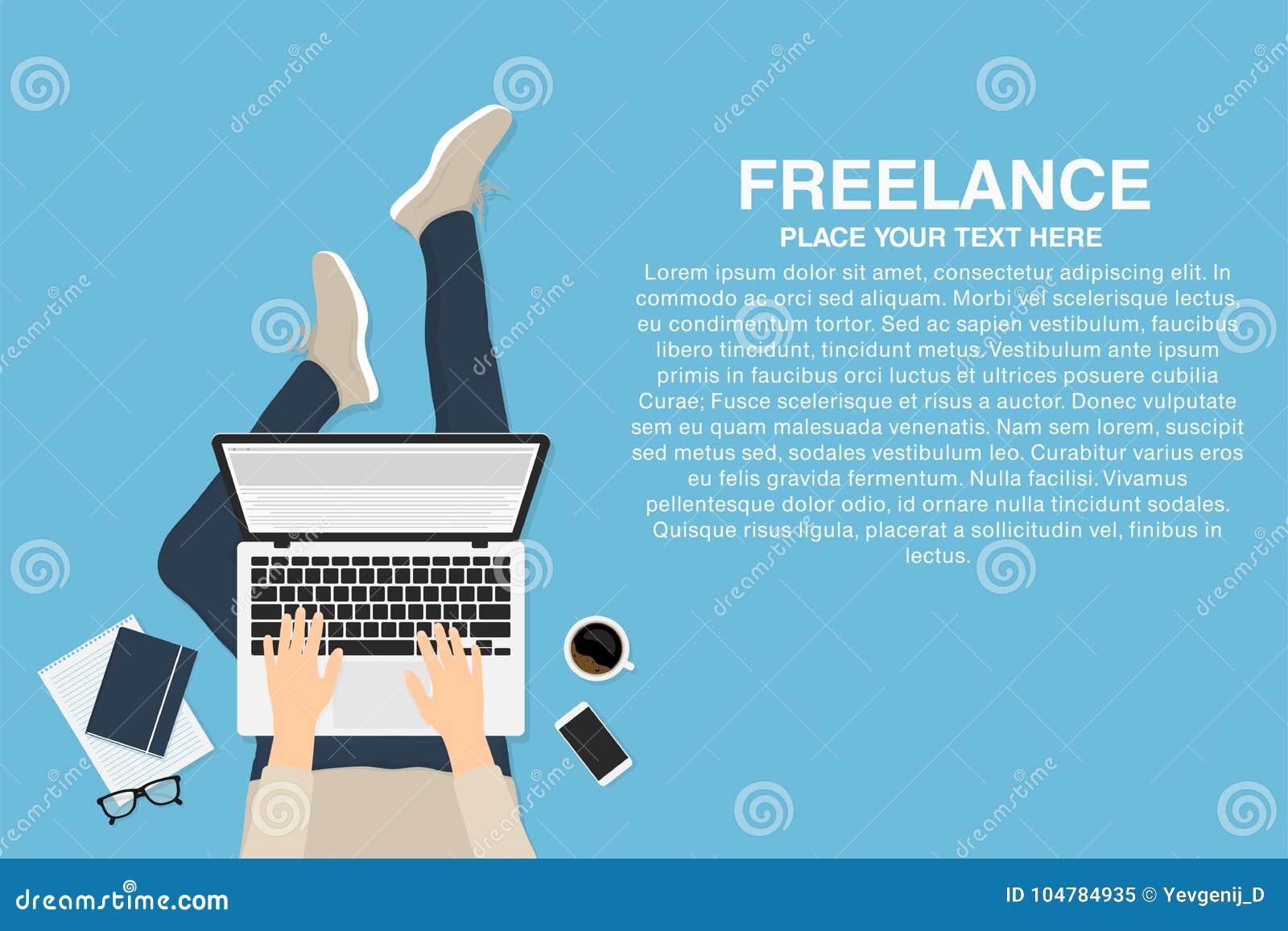 Freelancer con el ordenador portátil
