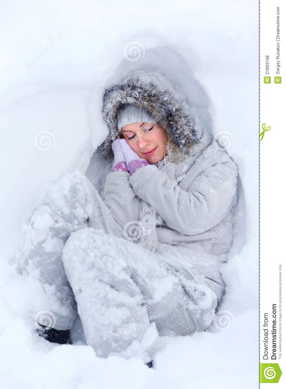 Freezing Cold Woman Freezing Sleep Royalty...