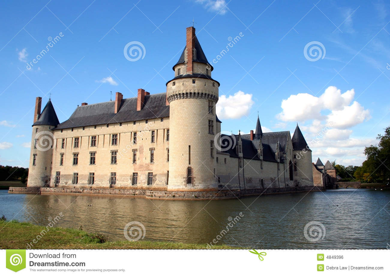 French Chateau And Moat Europe Royalty Free Stock Image