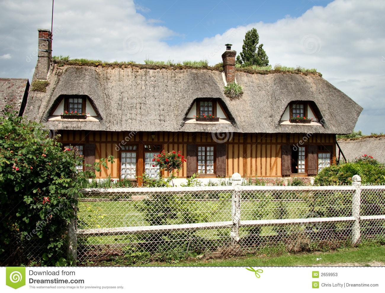 French country cottage stock photos image 2659953 for French country cottages