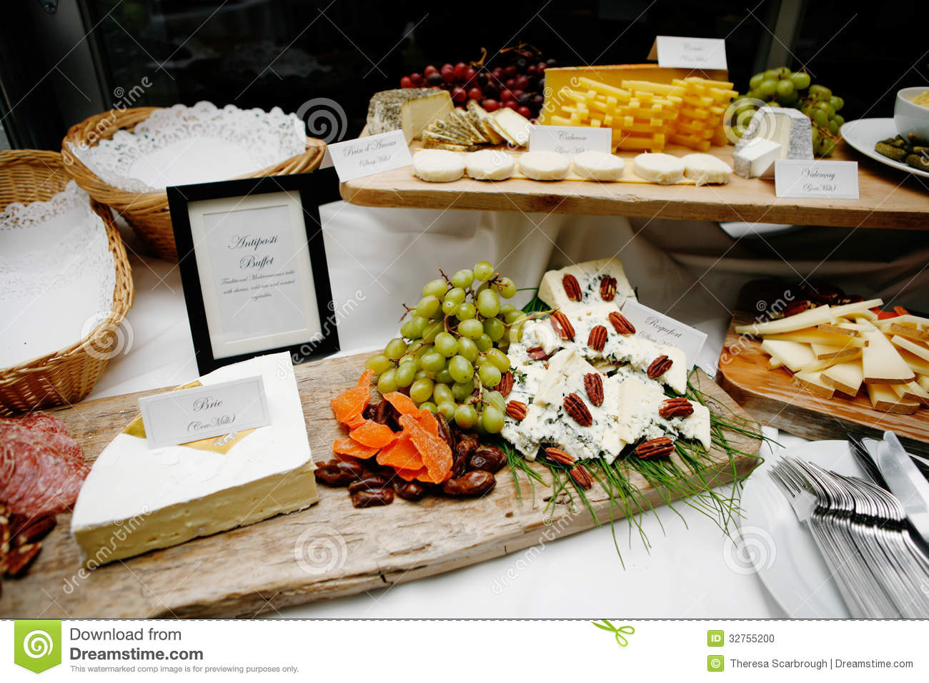French food buffet stock photo image of food buffet for Buffet cuisine