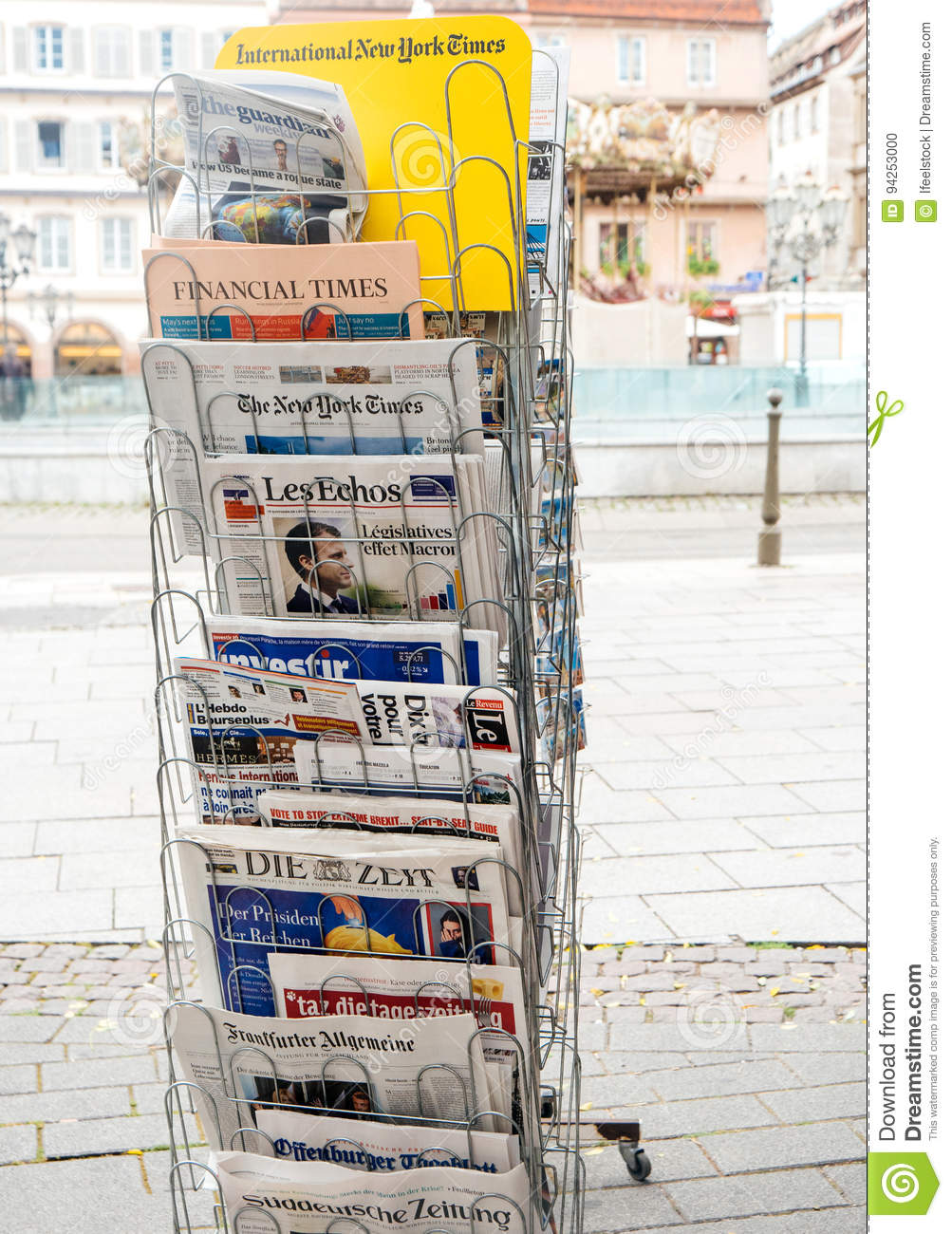 French and international press reactions to French legislative. Kiosk, effect.