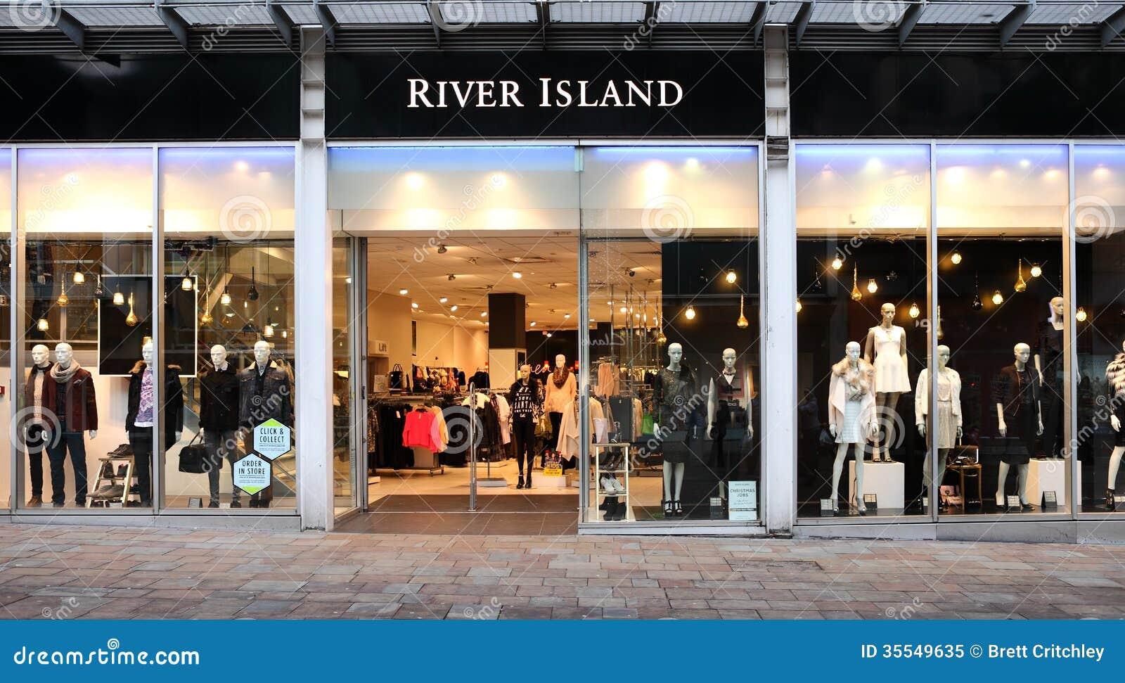 Frente de la tienda al por menor de la isla del río