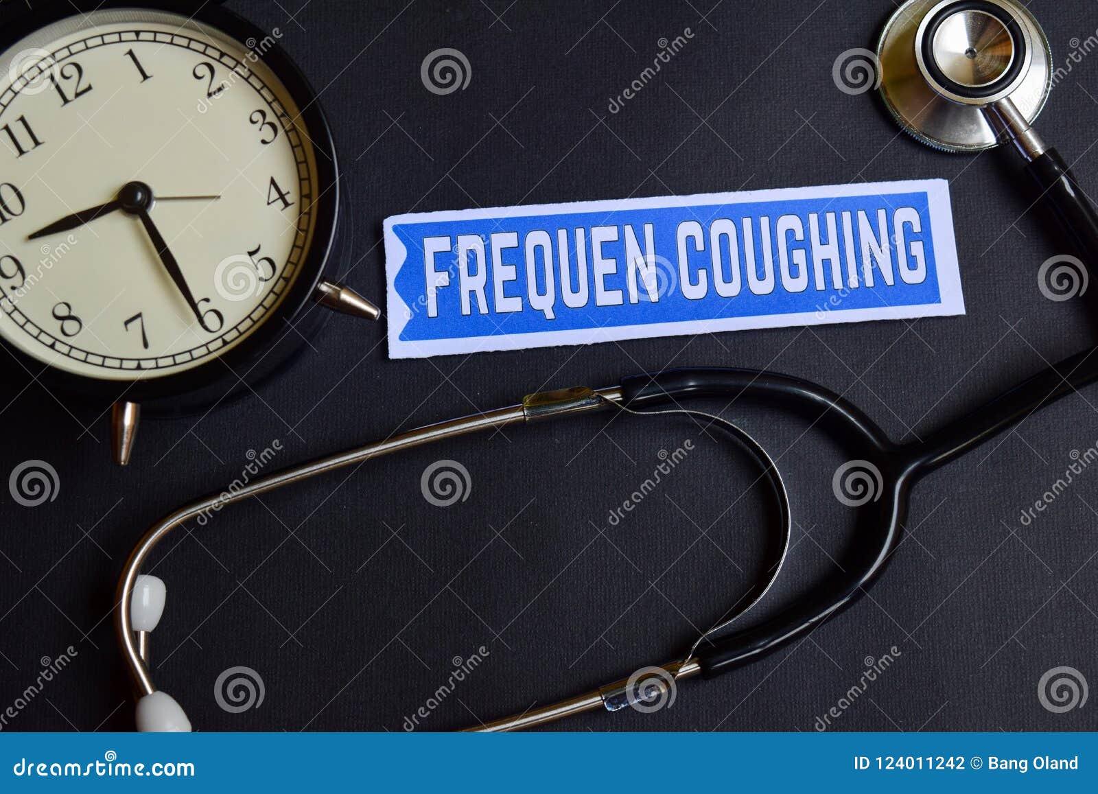 Frequen кашляя на бумаге с воодушевленностью концепции здравоохранения будильник, черный стетоскоп