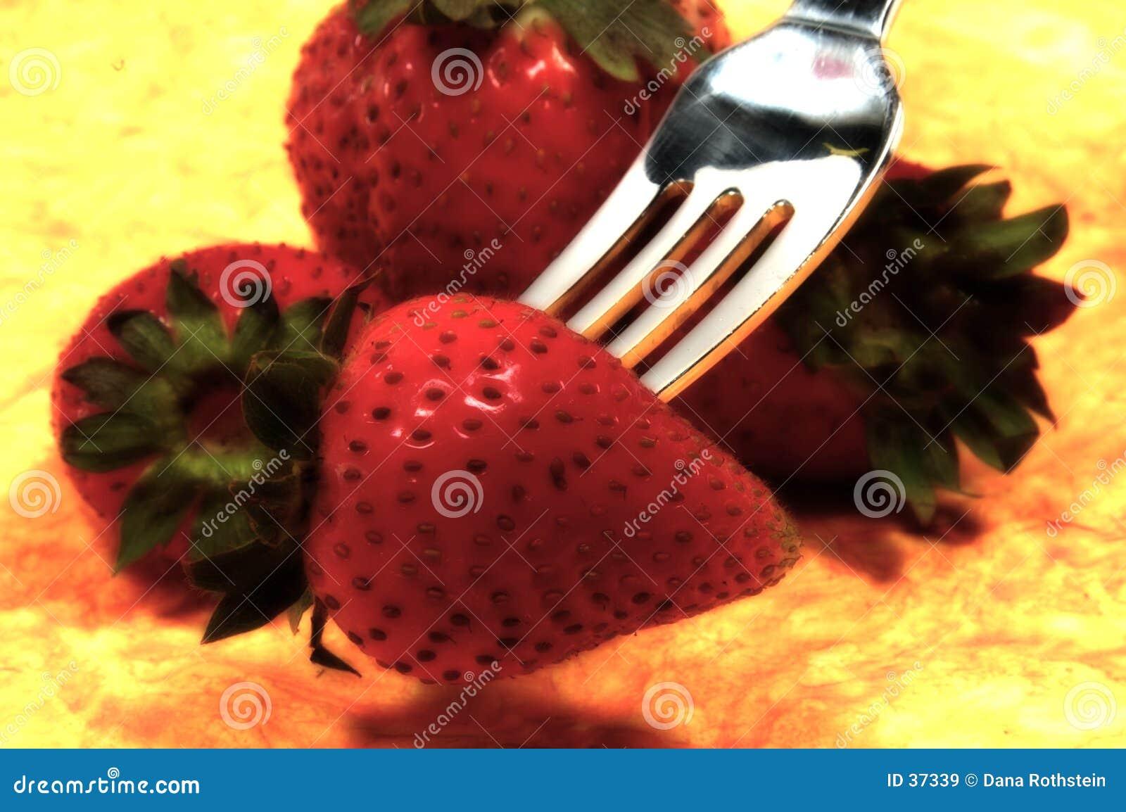 Download Fresas imagen de archivo. Imagen de blur, fresa, bocado - 37339