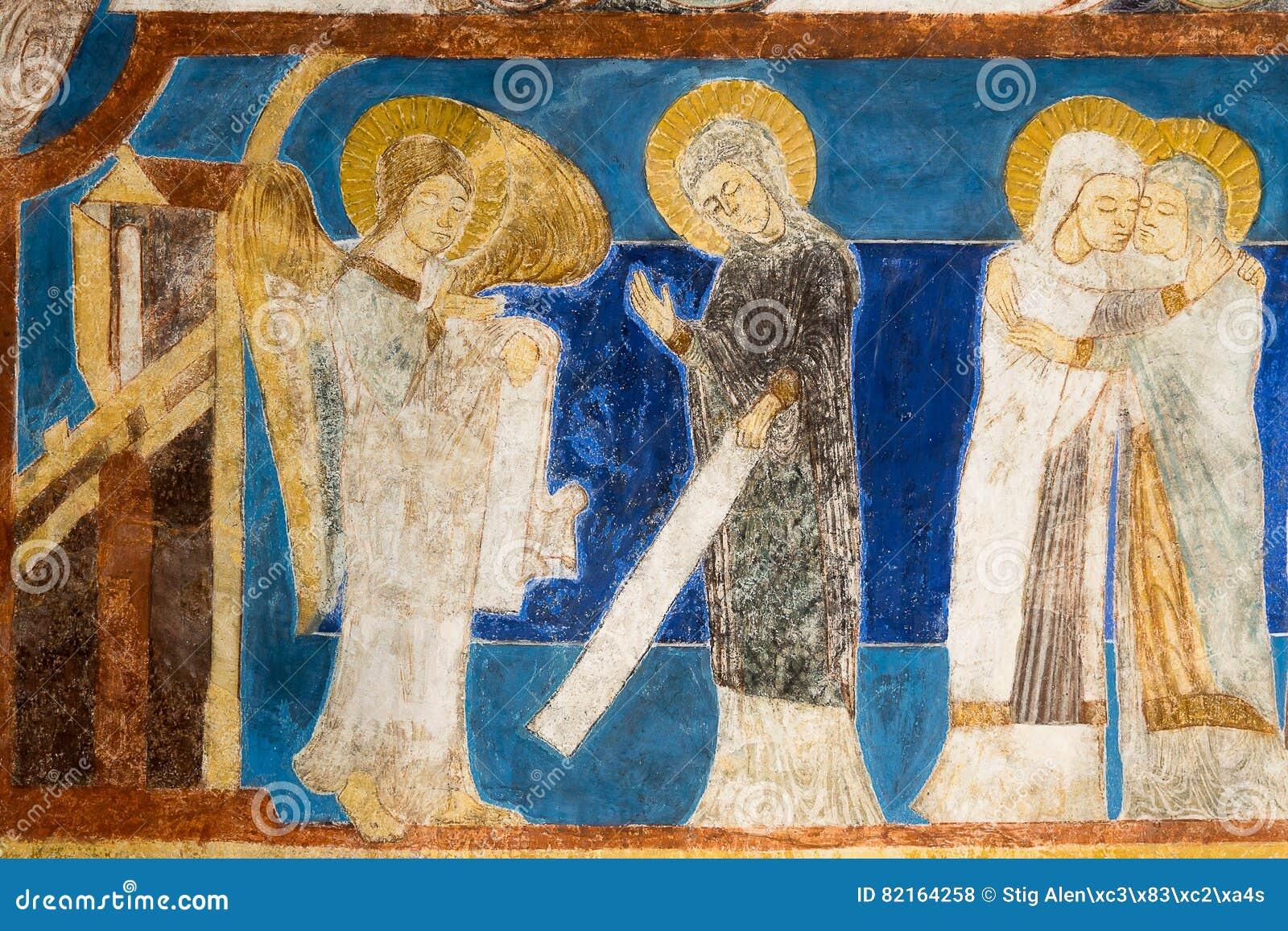Fresco românico do aviso O anjo Gabriel diz a Mary que carregará um filho