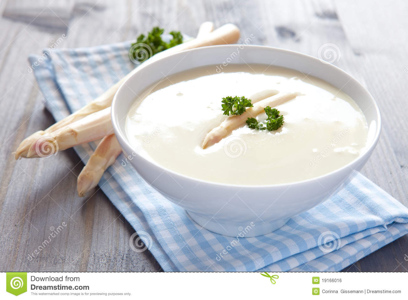 Fresh Asparagus Soup Royalty Free Stock Image - Image: 19166016