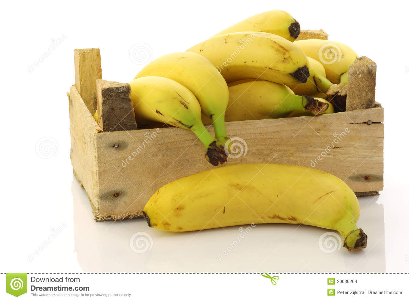 Fresh Bananas In A Wooden Crate Stock Images Image 20036264