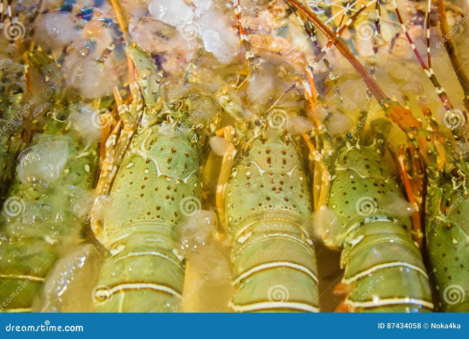 Fresh crawfish in the Asian market