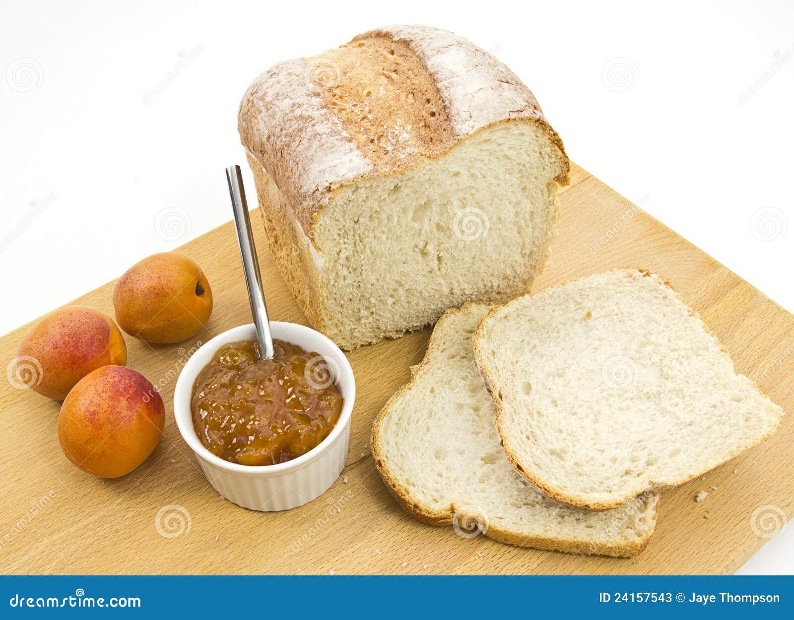 how to cut fresh homemade bread