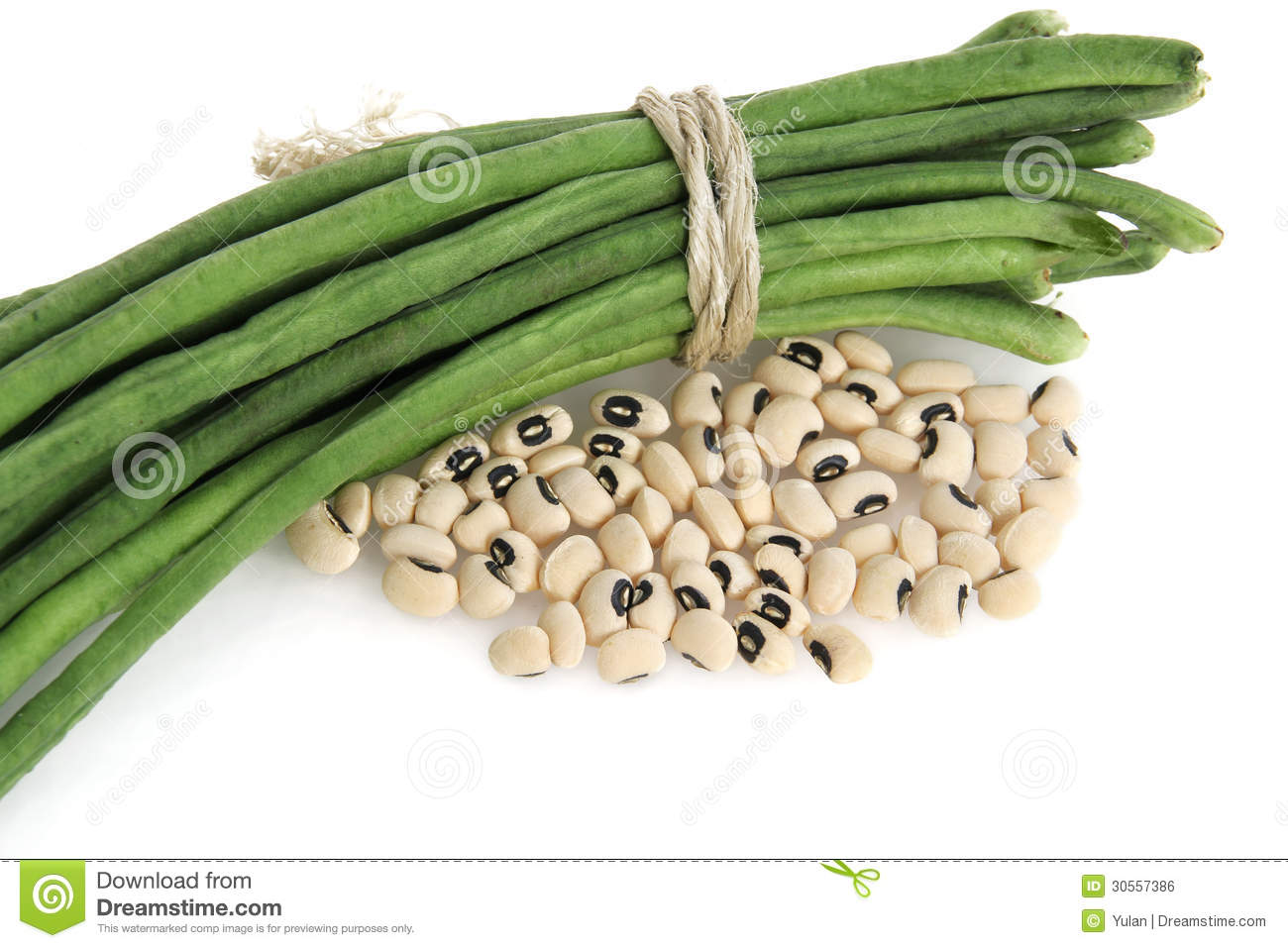 Fresh and dry black eyed bean