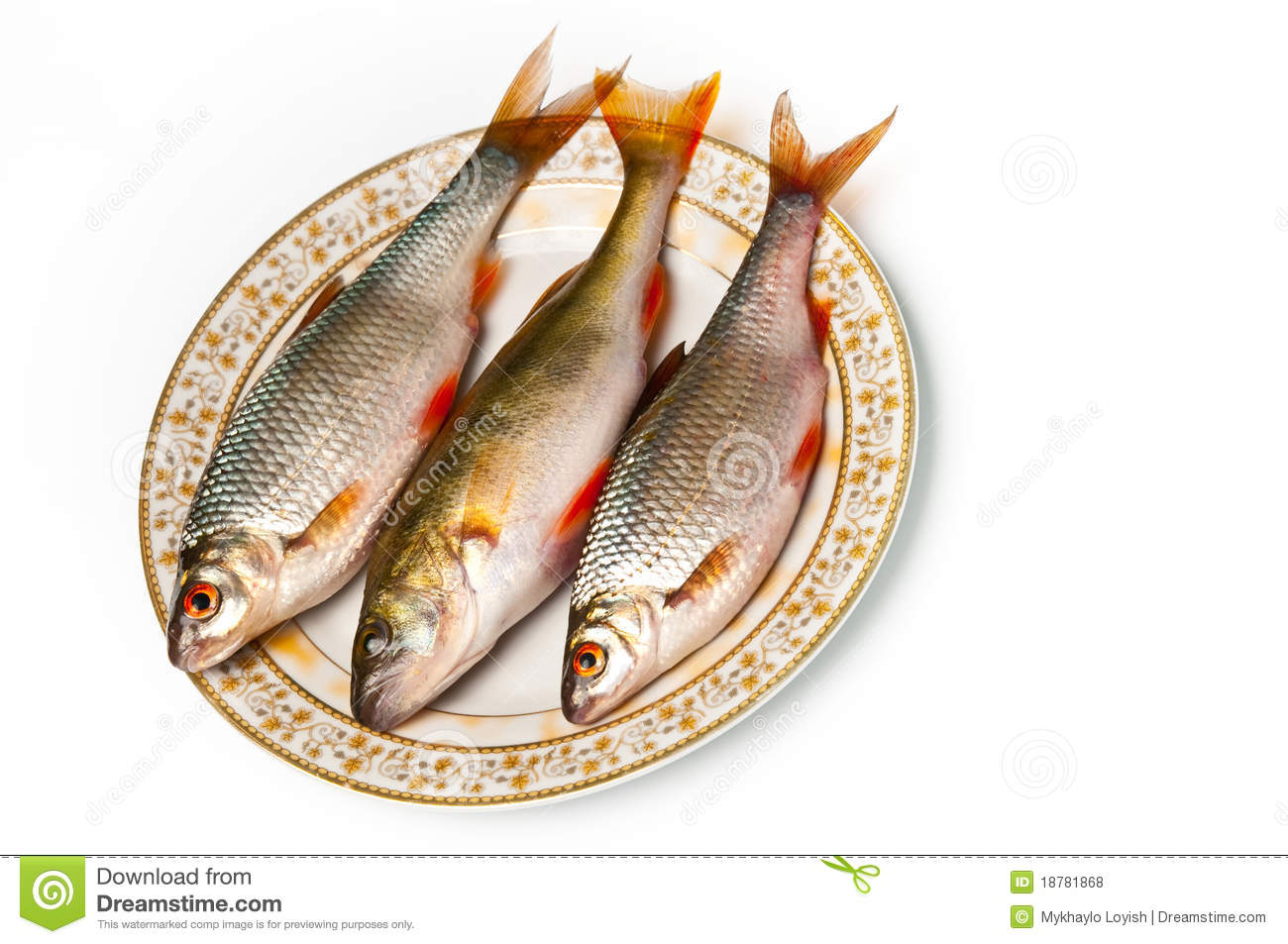 Fresh Fish On Plate Royalty Free Stock Photos Image