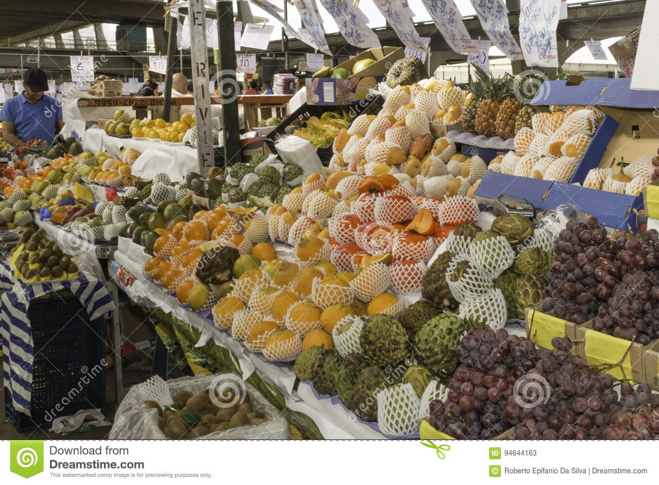 Fresh fruits and fresh vegetables direct from the farms